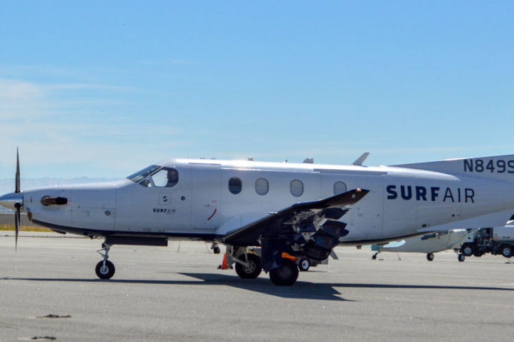 Surf Air plane at KSQL